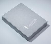Χάρτινο κουτί σε γκρι χρώμα